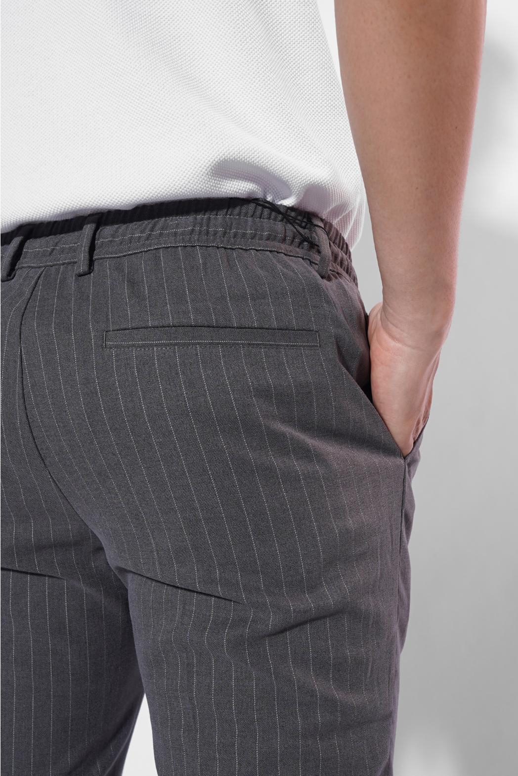 Quần vải dài, kẻ sọc, lưng thun dúng sau. SLIM CROP form - 10F20PFO015