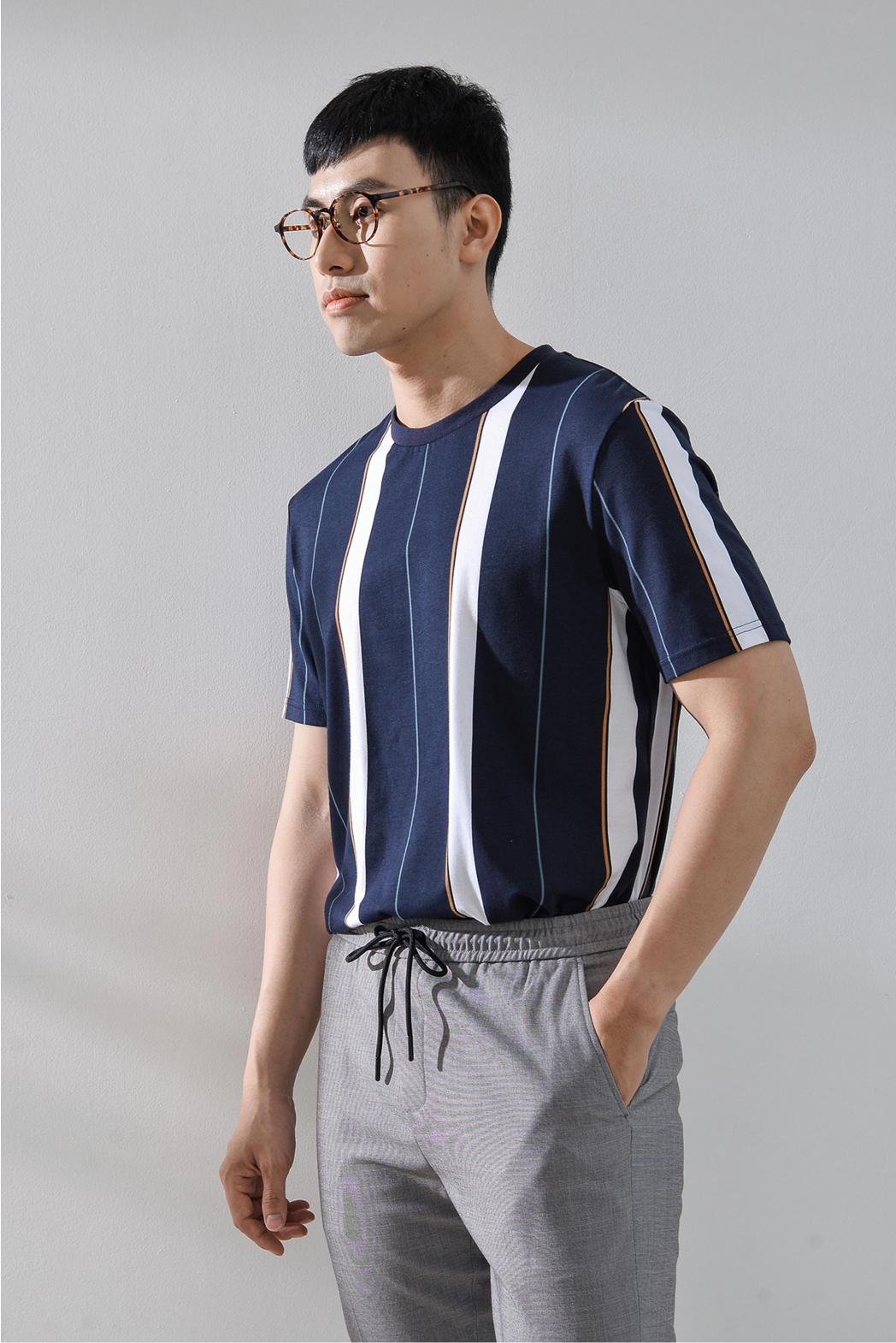 T-SHIRT áo thun. COTTON. REGULAR form - 10S20TSH023