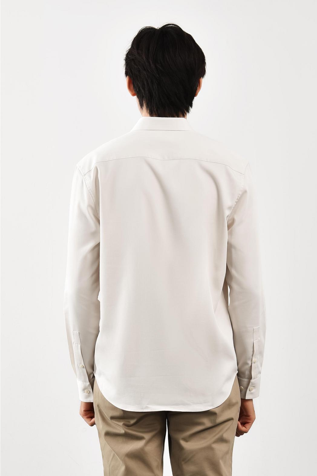 Áo sơ mi tay dài, túi trước ngực. REGULAR form - 10S21SHL008