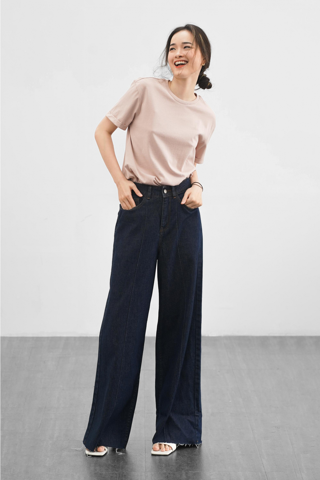 Quần jean nữ. LOOSE form - 10S21DPAW005